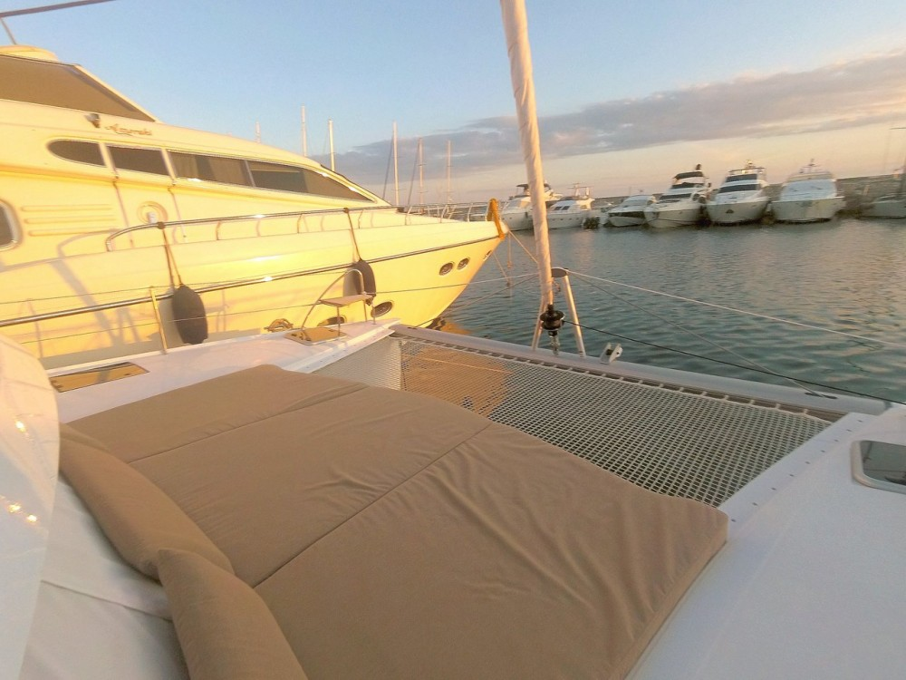 Yacht-Charter in Páros - Fountaine Pajot Lucia 40 auf SamBoat