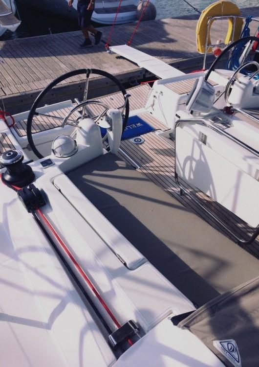 Jeanneau Sun Odyssey 419 zwischen Privatpersonen und professionellem Anbieter Lefkada