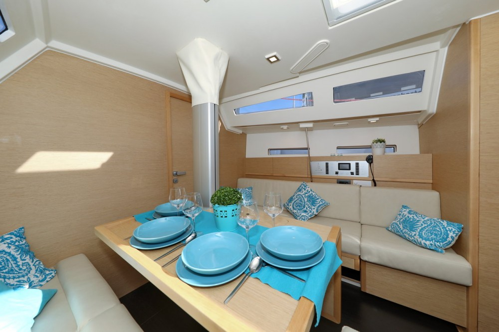 Yacht-Charter in  - More Boats More 40 auf SamBoat