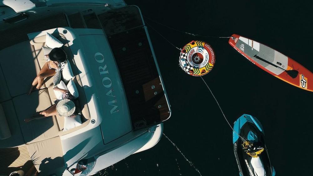 Yachten mit oder ohne Skipper Azimut-Benetti-Yachts mieten in Split