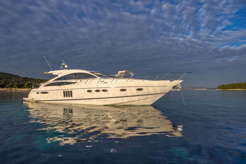 Princess-Yachts Princess V65 - 3 cab. zwischen Privatpersonen und professionellem Anbieter Split
