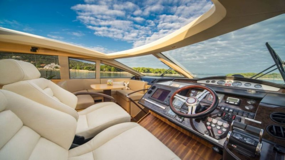 Bootsverleih Princess-Yachts Princess V65 - 3 cab. Split Samboat