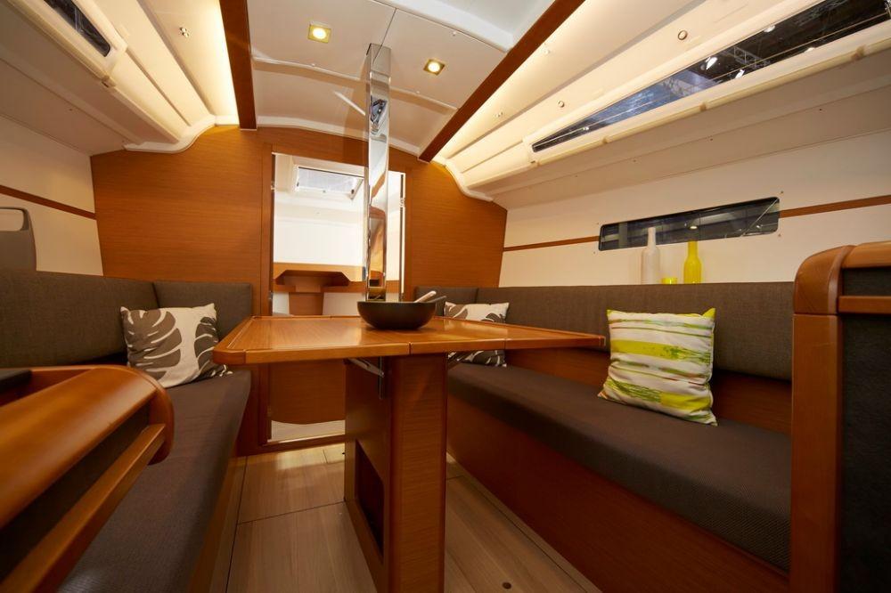 Bootsverleih Jeanneau Sun Odyssey 349 Portocolom Samboat
