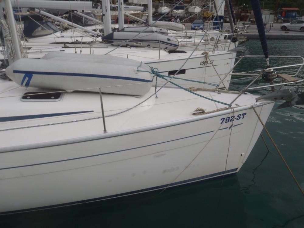 Bavaria Cruiser 37 zwischen Privatpersonen und professionellem Anbieter Split