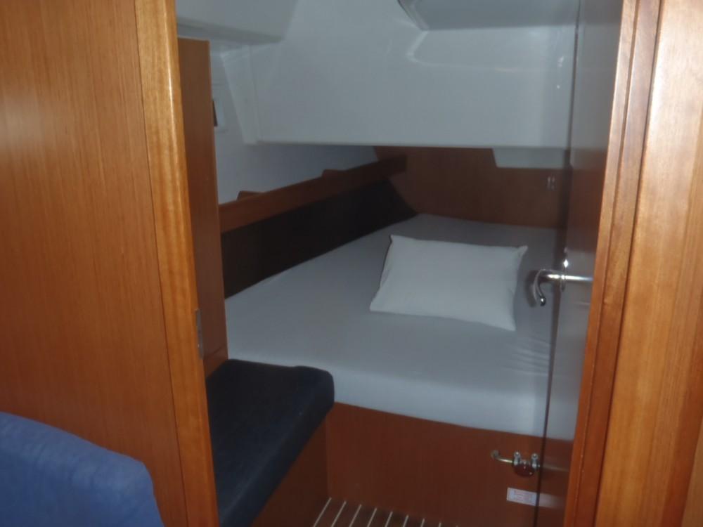 Bootsverleih Split günstig Cruiser 37