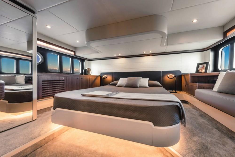 Vermietung Motorboot Absolute Yachts mit Führerschein