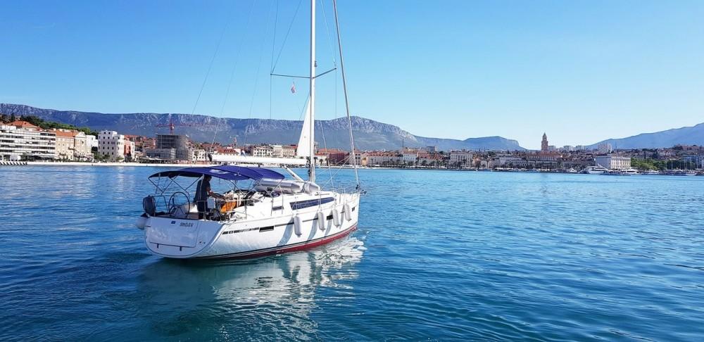 Yacht-Charter in Split - Bavaria Bavaria Cruiser 37 - 3 cab. auf SamBoat