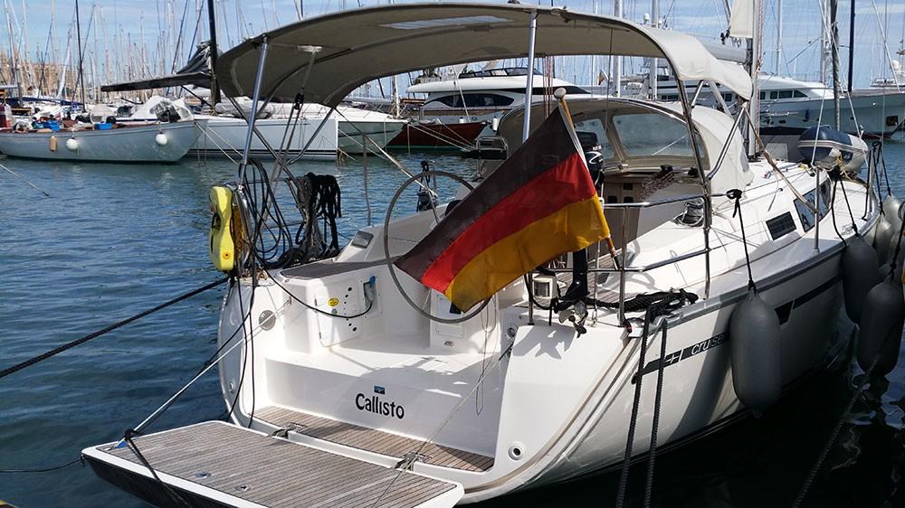 Ein Bavaria Cruiser 33 mieten in Playa de Palma