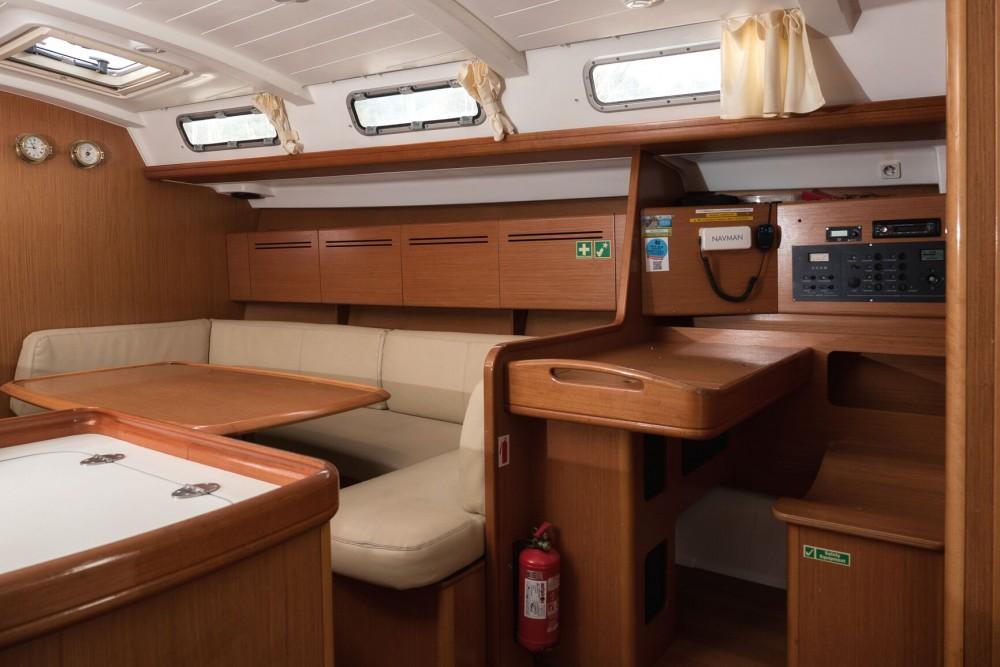 Bootsverleih Bénéteau Cyclades 50.5 Rogač Samboat