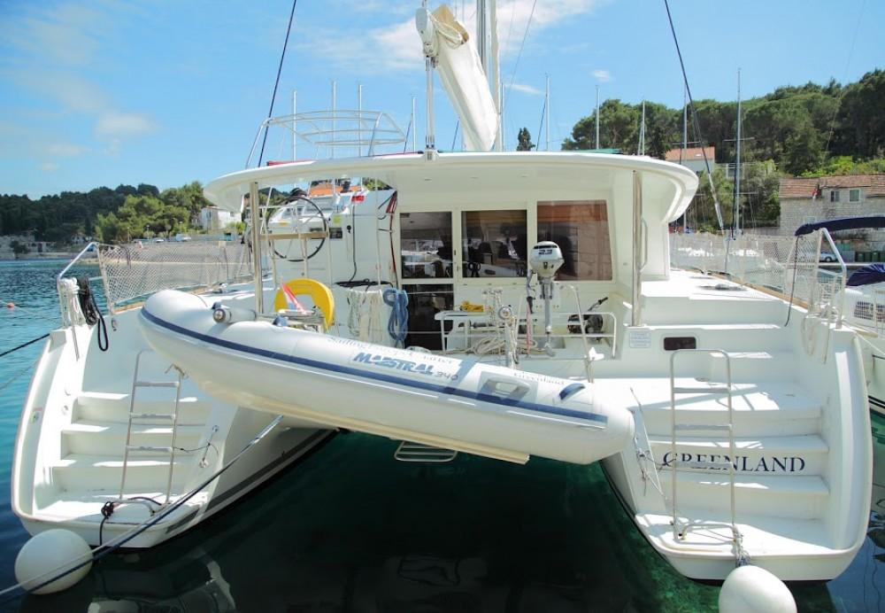 Bootsverleih Lagoon Lagoon 400 Rogač Samboat