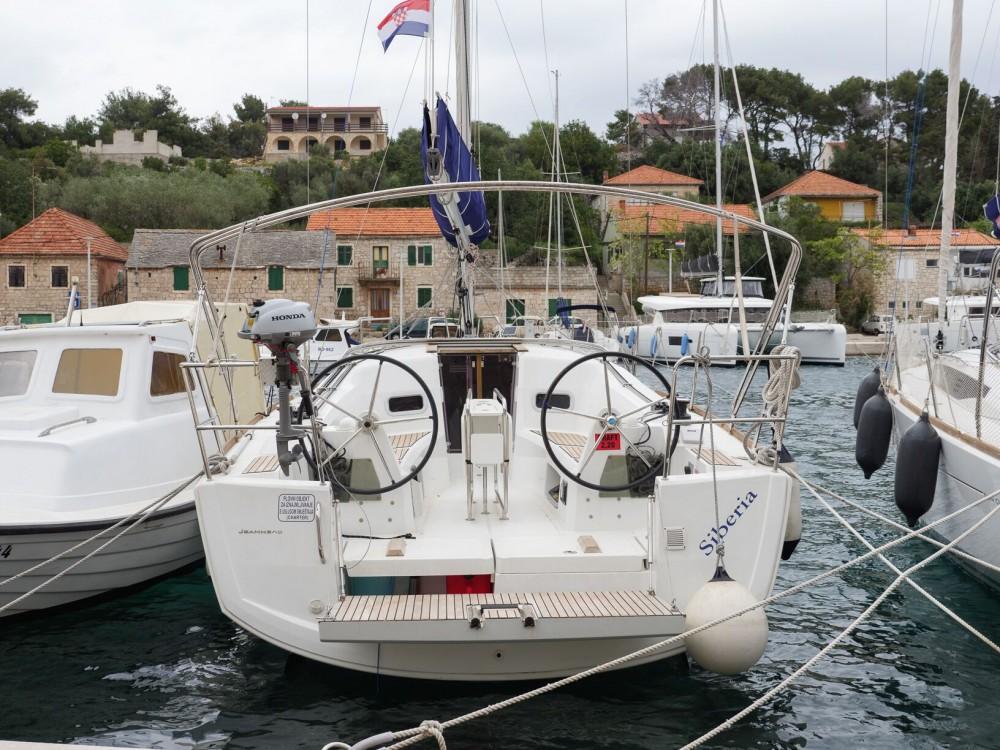 Bootsverleih Jeanneau Sun Odyssey 349 Rogač Samboat