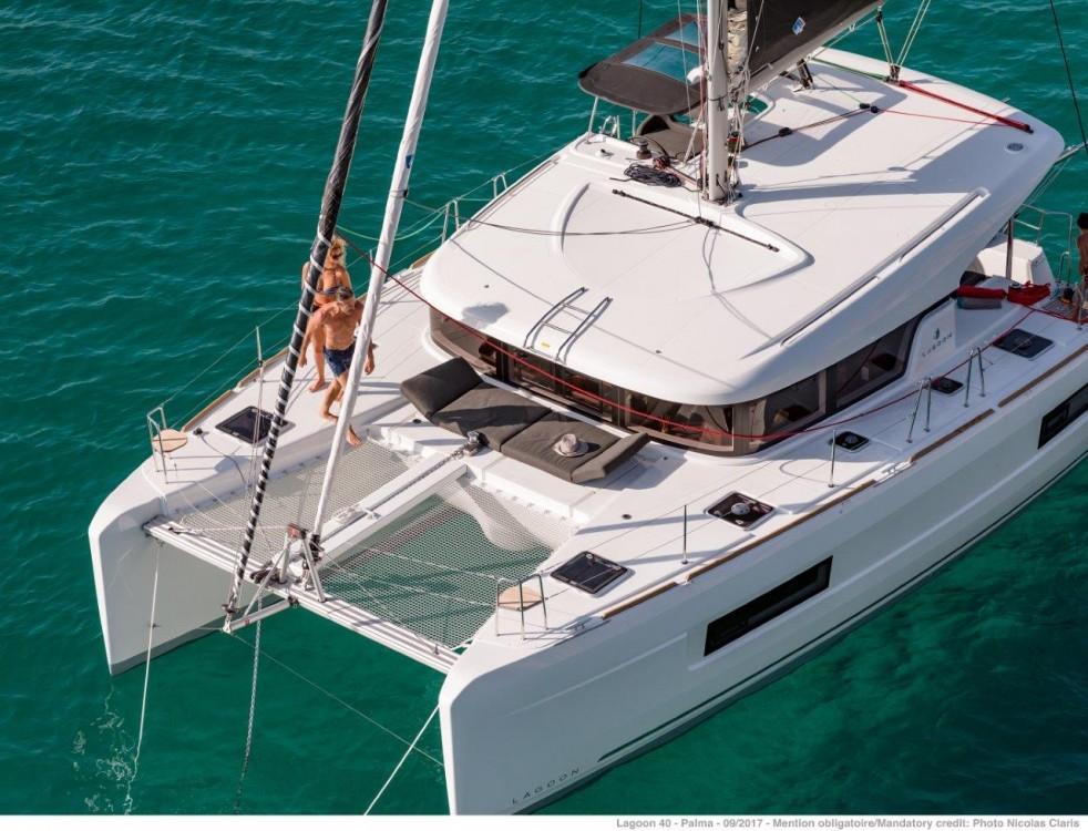 Bootsverleih Lagoon Lagoon 40 - 4 + 2 cab  Peloponnese Samboat