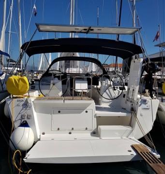 Segelboot mit oder ohne Skipper Dufour mieten in Trogir