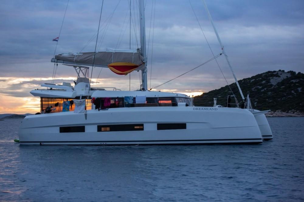 Yacht-Charter in Kroatien - Dufour Dufour 48 Catamaran - 5 + 1 cab. auf SamBoat