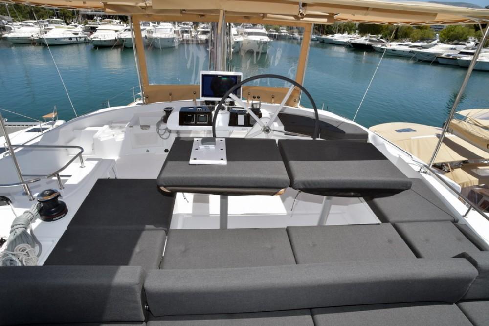 Lagoon Lagoon 52 zwischen Privatpersonen und professionellem Anbieter Nassau
