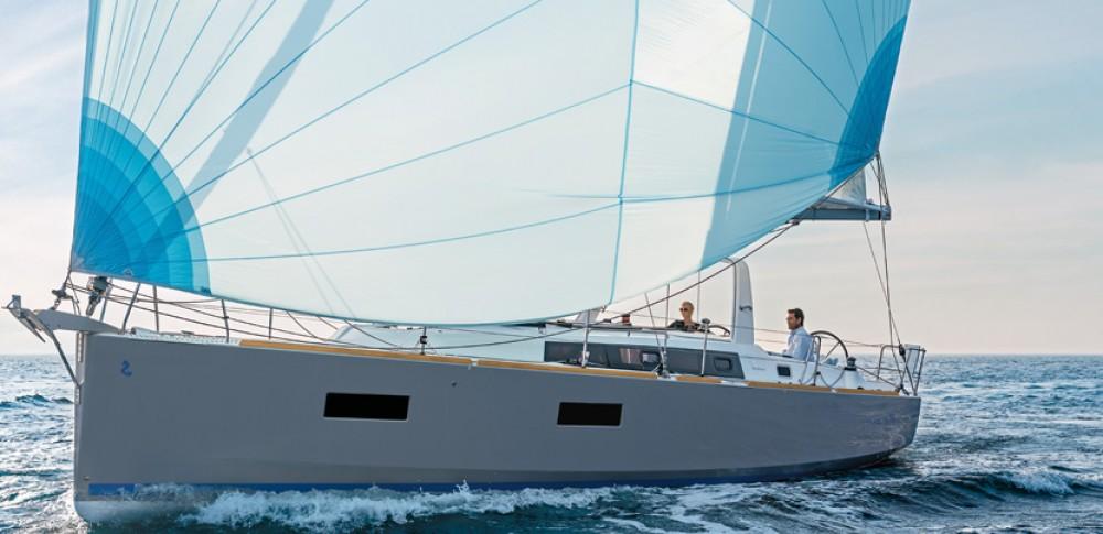 Yacht-Charter in La Rochelle - Bénéteau Oceanis 38 auf SamBoat