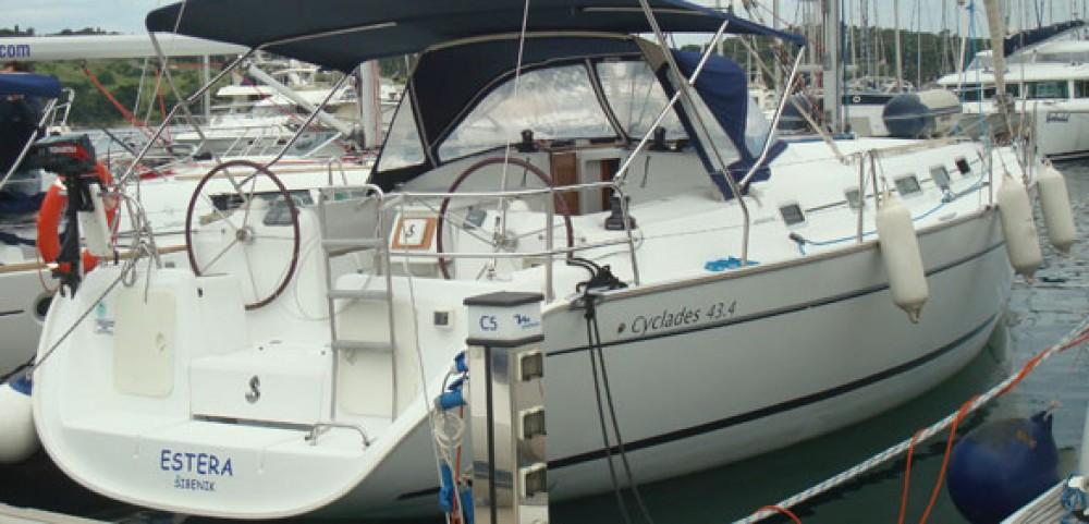 Bootsverleih Bénéteau Cyclades 434 La Rochelle Samboat