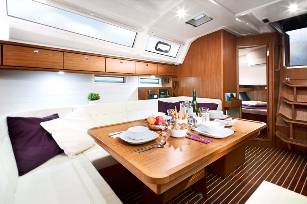 Bootsverleih Bavaria Bavaria 46 Cruiser Saint-Mandrier-sur-Mer Samboat