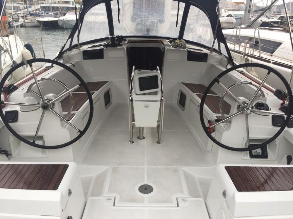 Bootsverleih Jeanneau Sun Odyssey 449 Naples Samboat