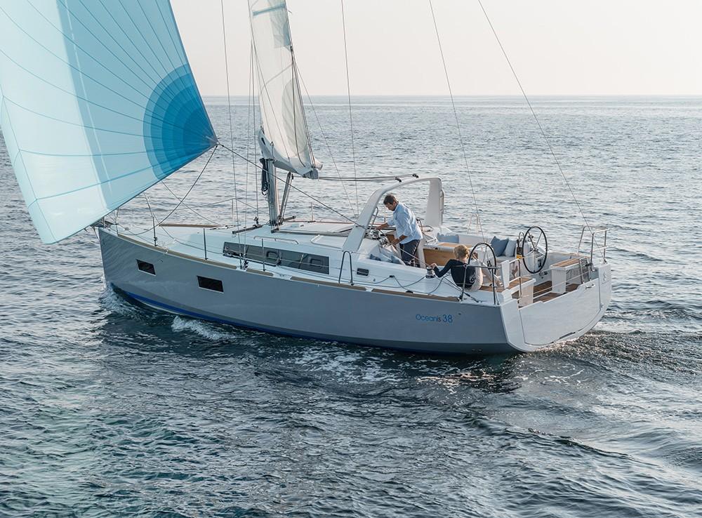 Ein Bénéteau Oceanis 38 mieten in Kroatien