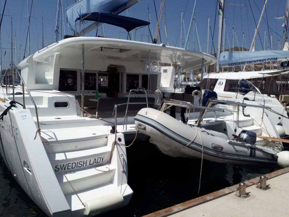 Bootsverleih Lagoon Lagoon 450 F - 4 + 2 cab. Balearische Inseln Samboat