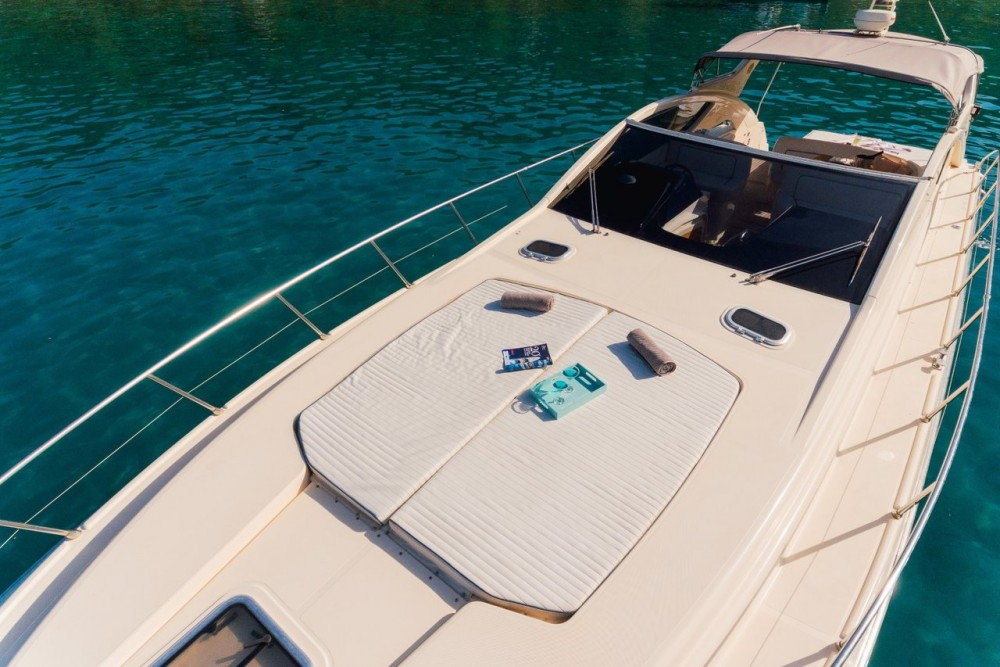 Dalla Pietà Yacht DP 48 HT zwischen Privatpersonen und professionellem Anbieter Split