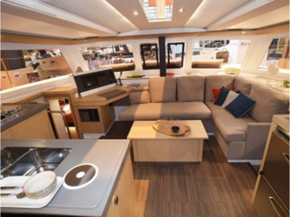 Katamaran mieten in Marmaris - Fountaine Pajot Lucia 40