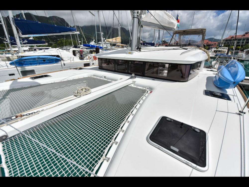 Lagoon Lagoon 400 zwischen Privatpersonen und professionellem Anbieter Victoria