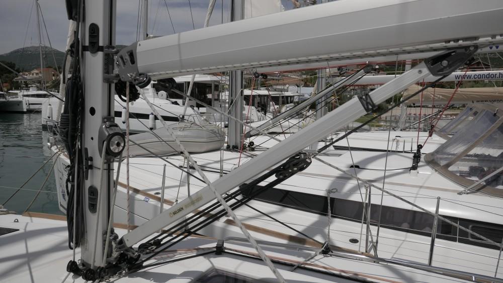 Bootsverleih Jeanneau Sun Odyssey 349  Samboat