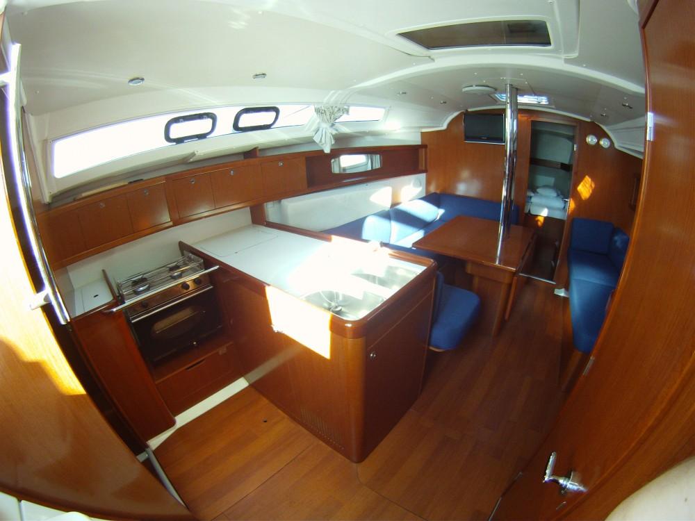 Segelboot mieten in Medulin - Bénéteau Oceanis 37