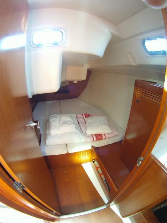 Yacht-Charter in Medulin - Bénéteau Oceanis 37 auf SamBoat