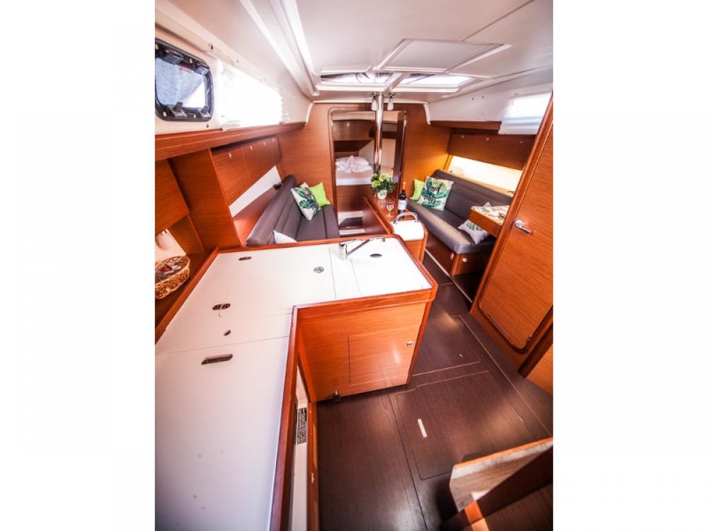 Bootsverleih Dufour Dufour 350 Grand Large Primošten Samboat