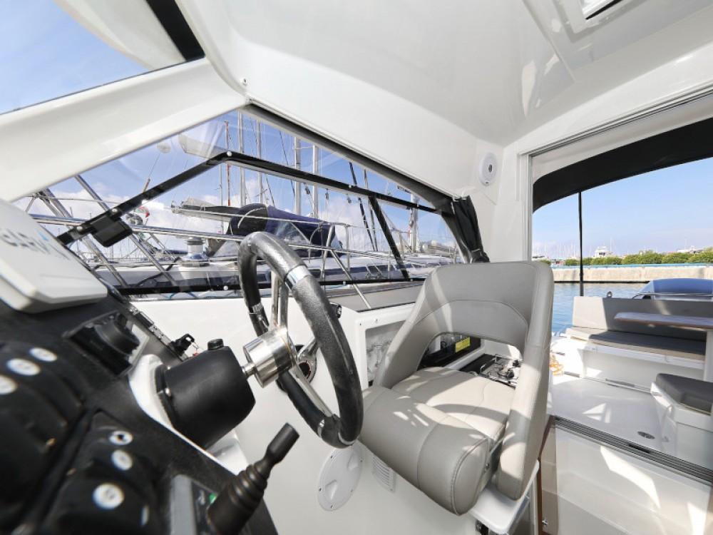 Motorboot mieten in Sukošan - Bénéteau Antares 8