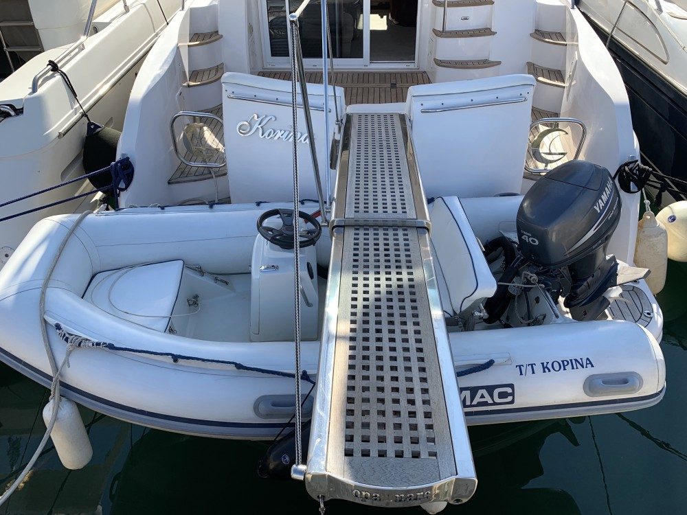 Motorboot mieten in Marina Alimos - Gulf Craft Majesty 50 Fly
