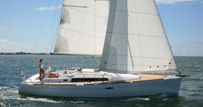 Segelboot mieten in Athen - Bénéteau Oceanis 37