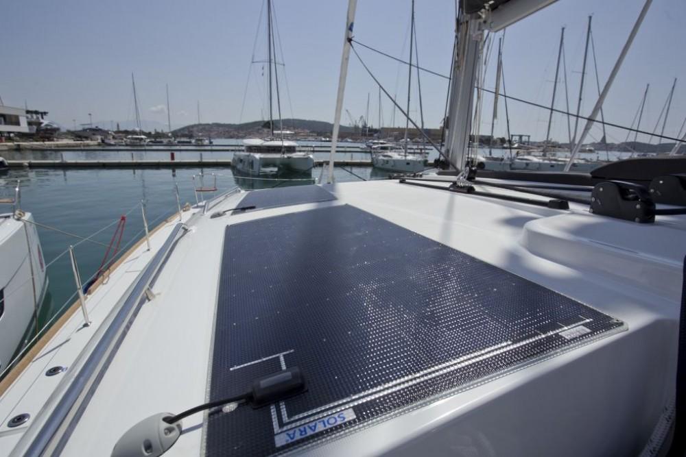 Lagoon Lagoon 450 F zwischen Privatpersonen und professionellem Anbieter Trogir
