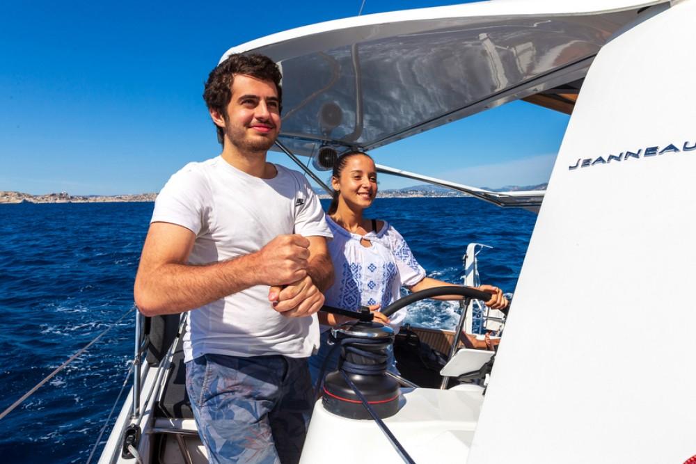 Segelboot mit oder ohne Skipper Jeanneau mieten in Tortola
