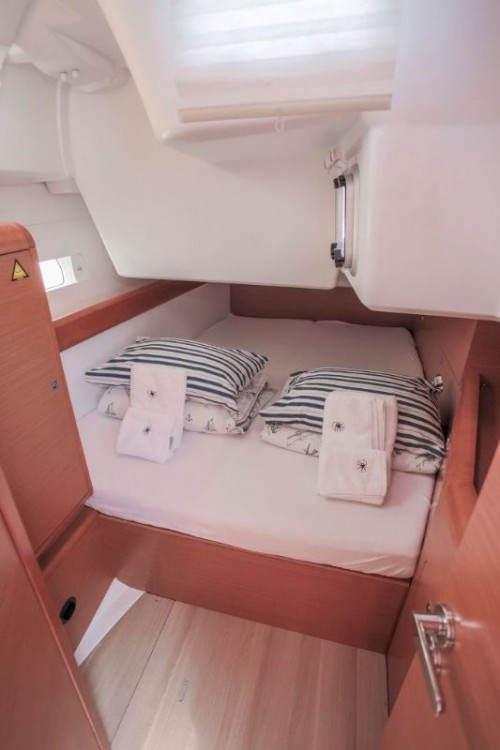 Segelboot mit oder ohne Skipper Jeanneau mieten in Kroatien
