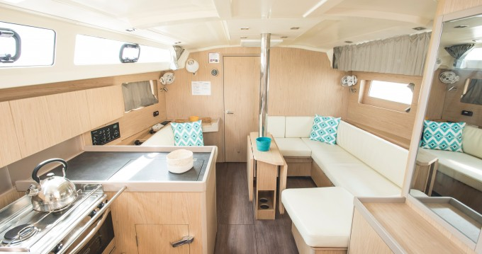 Segelboot mit oder ohne Skipper Bénéteau mieten in Capo d'Orlando