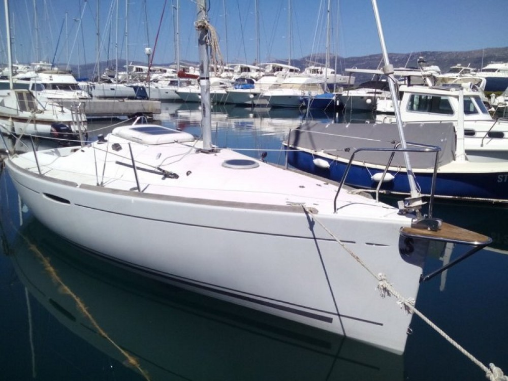 Yacht-Charter in Split - Bénéteau Beneteau First 21.7 auf SamBoat