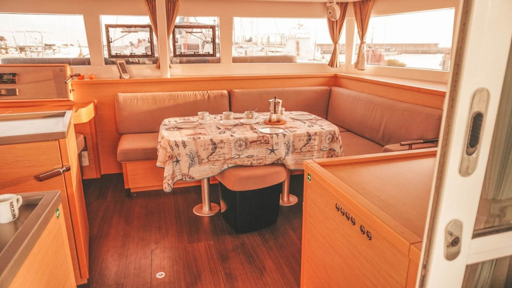 Bootsverleih Lagoon Lagoon 450 Nettuno Samboat