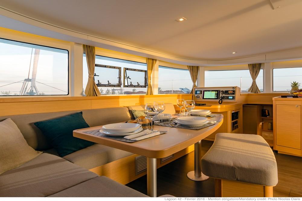 Yacht-Charter in Lefkada - Lagoon Lagoon 42 - 4 + 2 cab. auf SamBoat