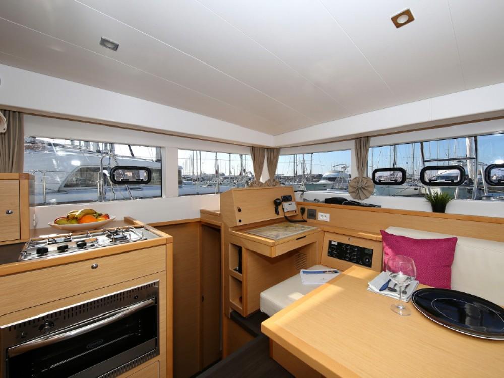 Yacht-Charter in Sukošan - Lagoon Lagoon 39 auf SamBoat