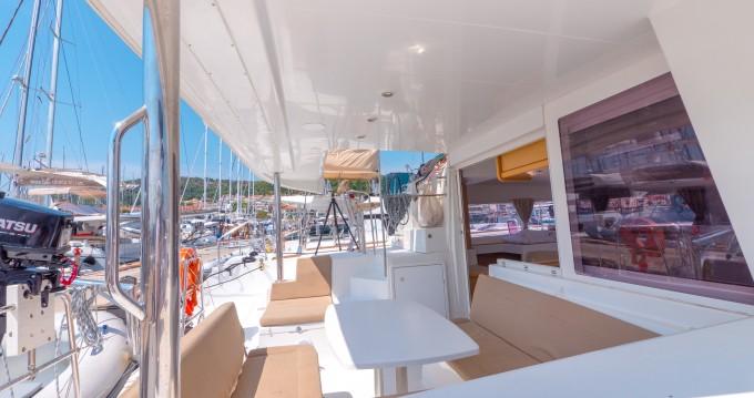 Lagoon Lagoon 400 zwischen Privatpersonen und professionellem Anbieter Split
