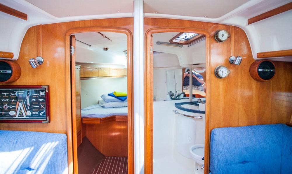 Bootsverleih Trau günstig Bavaria 37 Cruiser