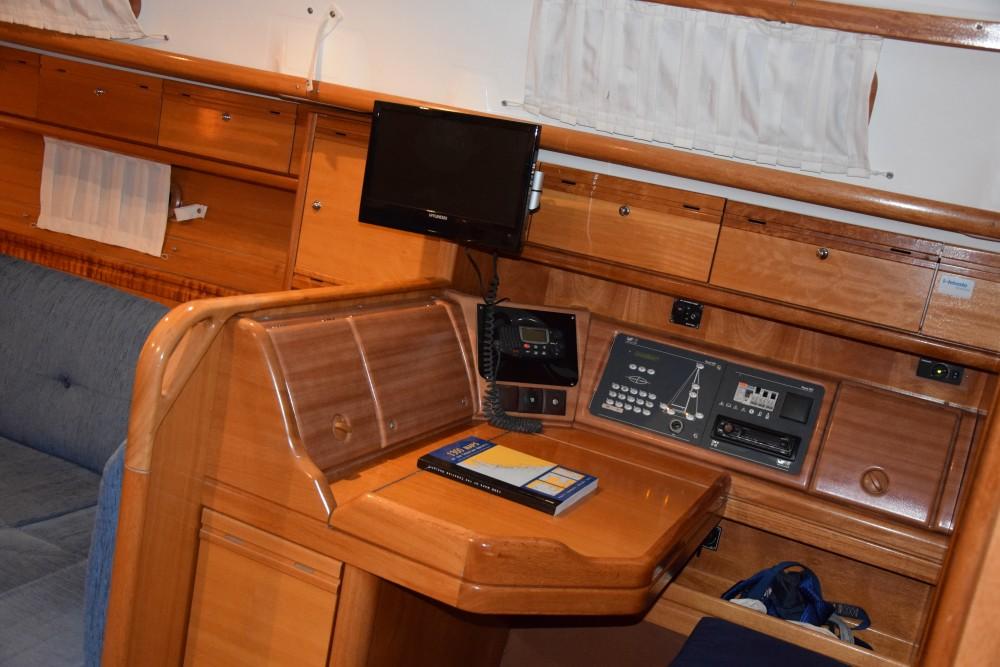 Bootsverleih Bavaria Bavaria 37 Cruiser Trau Samboat