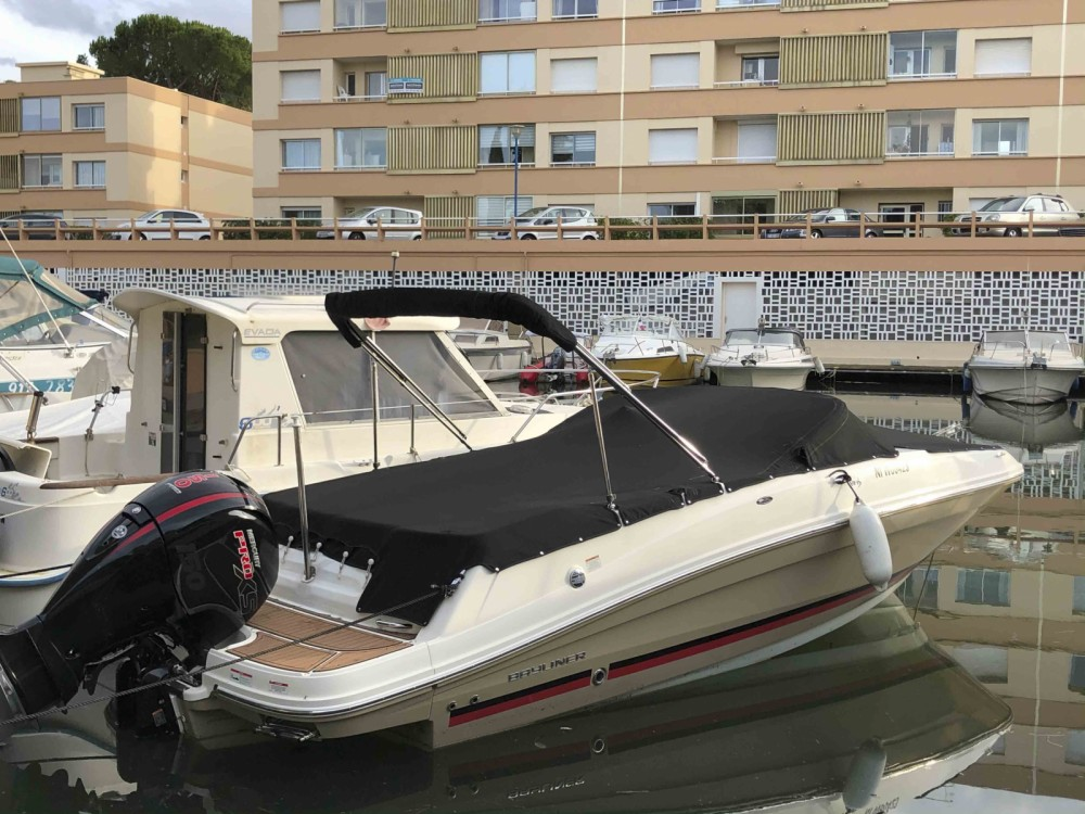 Motorboot mit oder ohne Skipper Bayliner mieten in Mandelieu-la-Napoule