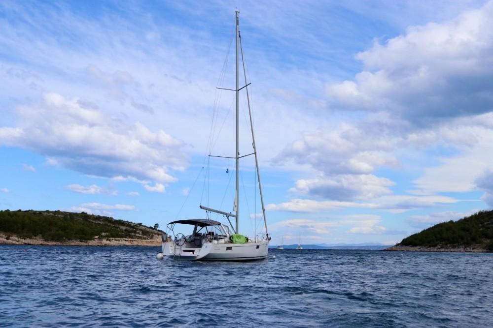 Vermietung Segelboot Bénéteau mit Führerschein