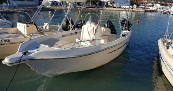 Elie boat Elie boat zwischen Privatpersonen und professionellem Anbieter Lefkada (Island)
