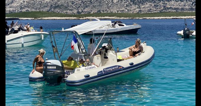 Schlauchboot mieten in Marseille - Capelli Tempest 570